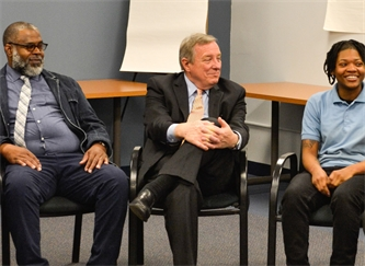 Chicago YAP Choose to Change (C2C) Participants Sit Down with U.S. Senator Dick Durbin