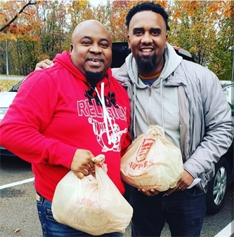 With Support from Community Partners, Metro YAP Spreads Thanksgiving Love